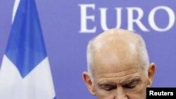 Jorgos Papandreu u Briselu, 13. oktobar 2011.