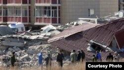 Қарағанды қаласындағы қирап қалған тұрғын үй. Қарағанды, 6 сәуір 2012 жыл.