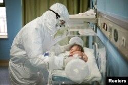 Wuhande bala hastahanesi. Qıtay, 2020 senesi, mart 6