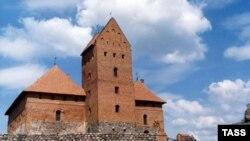 Расцвет Тракая приходится на начало 15 века, при князе Витовте, который привез в Литву из Крыма 400 караимских семей