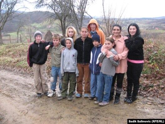 Stanovnici sela Gerovi primili su pomoć humanih ljudi