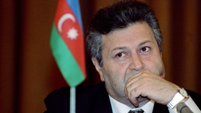 Azerbaijan's first post-Soviet president Ayaz Mutalibov (file photo)