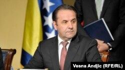 Претседателот на српскиот Национален совет за соработка со Хашкиот трибунал, Расим Љајиќ.
