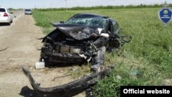 Бухорода аварияга учраган автомашиналардан бири. ИИВ ҳузуридаги Тергов департаменти сайтидан олинган сурат.