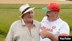 Жерар Депардье и президент Беларуси Александр Лукашенко 23 июля 2015 года