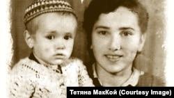 Надія Василенко (Могильна) з донькою-первістком