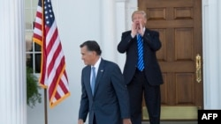 Mitt Romney i Donald Trump u golf resortu u Bedminsteru