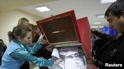 მოლდავეთის არჩევნების ხმის დათვლის პროცესი