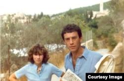 Зиновий Зиник с дочерью в Иерусалиме, 1980 год