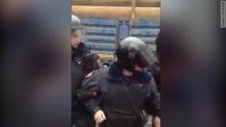 """Тут ад"". Задержания защитников парка ""Дубки"""