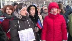 St. Petersburg Joins Nemtsov Commemoration Rallies