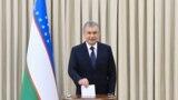 Президент Шавкат Мирзиёев Ташкентте добуш берип жатат, 24-октябрь 2021-жыл.