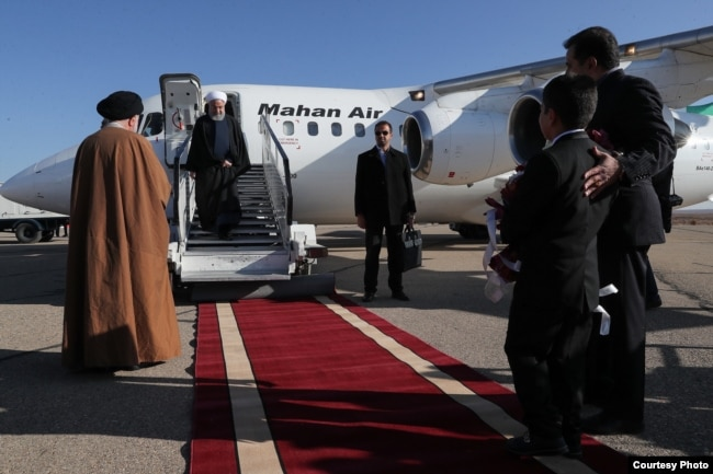 استفاده حسن روحانی، رئیسجمهور وقت، از آر جِی-85 تشریفاتی ماهان ایر با علامت ثبت کشوری EP-MOQ برای سفر به شاهرود در ۱۳ آذر ۱۳۹۷