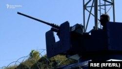 Јариње, Српски воени сили над косовската граница
