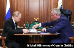 Russian President Vladimir Putin meets with Rogozin at the Kremlin in August 2019.
