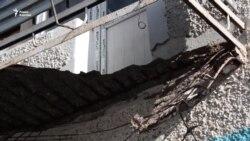 Жительница Кызылорды выжила при падении балкона