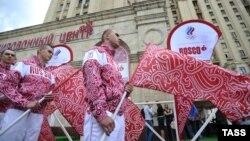 Во время презентации новой формы олимпийской сборной России/ Москва. 28 июня 2012 u
