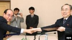 توافق مقامهای صليب سرخ دو کره برای امکان ملاقات بين خانوادهها در دو سوی مرز، جمعه ۶ شهريور ۱۳۸۸