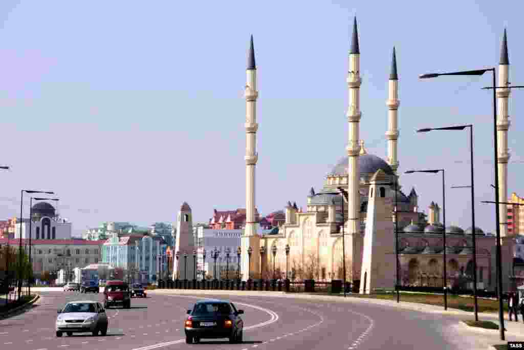 The exterior of Grozny's Akhmad Kadyrov Mosque.
