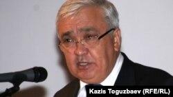 Алматы қаласы әкімінің орынбасары Серік Сейдуманов. Алматы, 6 қазан 2010 жыл.