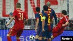 """Марио Гомес """"Барселонага"""" киргизген гол. Мюнхен, 23-апрель, 2013-жыл"""