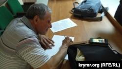 Крымский журналист Николай Семена. Симферополь, 22 сентября 2017 года.