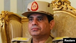عبد الفتاح السيسي، عندما كان برتبة فريق أول