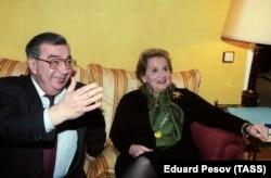 Мадлен Олбрайт и Евгений Примаков, 1998 год