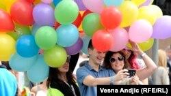 Участники гей-парада в Белграде. 20 сентября 2015 года.
