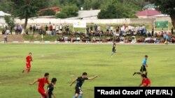 """Tajikistan -- Tajik footbal teams """"Istiqlol"""" and SSKA """"Pomir"""" playing, 28May2012"""