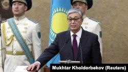 Қасым-Жомарт Тоқаев ант беріп тұр. Астана, 20 наурыз 2019 жыл.