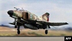 قطعات فانتوم اف-۴ از جمله قطعاتی بود که به نوشته روزنامه یونانی٬ اسرائیلی قصد ارسال آنها به ایران را داشت.