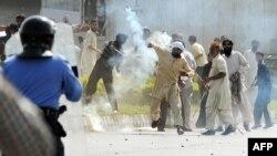 «Мұсылмандар пәктігі» фильміне қарсы наразылық шарасы. Пәкістан, 21 қыркүйек 2012 жыл.