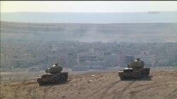 """Боевики """"Исламского государства"""" продолжают в Сирии наступление на город Кобани, расположенный на границе с Турцией"""