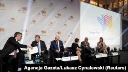 În prima zi a reuniunii de la Poznan