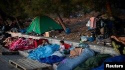 پناهجویان بیخانمان لسبوس