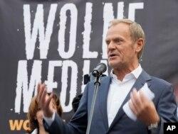Fostul președinte al Consiliului European s-a alăturat, în 10 august, protestelor din Varșovia.