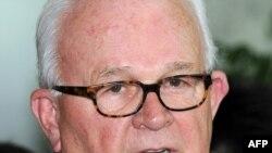 Спецпредставитель США на переговорах с Северной Кореей Стивен Босуорт