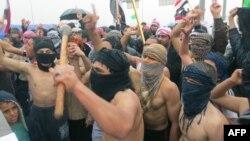 مشاركون في تظاهرات الأنبار