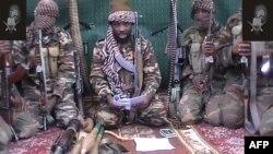 """""""Боко Харамдын"""" лидери Абубакр Шекау (ортодо), 25.09. 2013"""