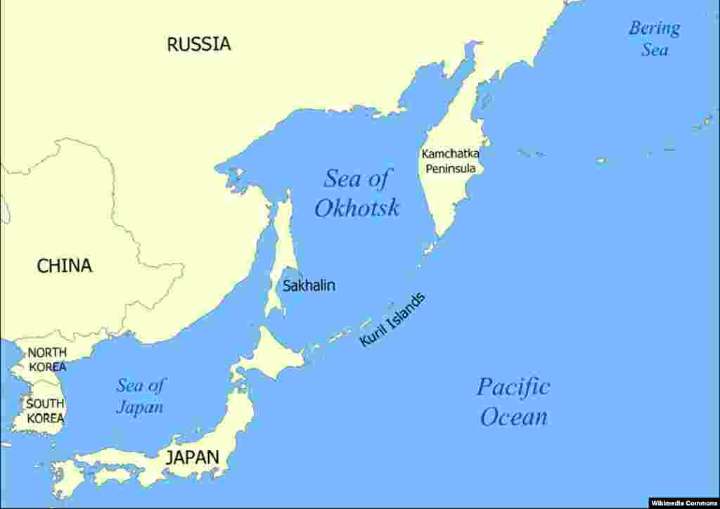 The Kurile Islands (center) lie like a trail of droplets between Japan and Russia. Historically the boundary between the two countries has been tugged up and down the island chain, but after World War II that boundary slid south, hard against the Japanese mainland.