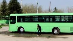 "Pagtaçylary daşaýan awtobus Aşgabadyň eteginde ýol hadysasyna uçrady – ""Türkmenistanyň hronikasy"""