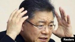 Канадский священник Хён Су Лим