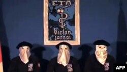 Членови на военото крило на баскиската сепаратистичка група ЕТА.