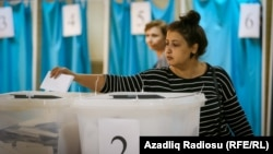 Azerbaijan. Baku. Constitutional referendum voting in Baku