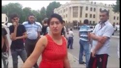 Qadın polis şöbəsində döyüldüyünü deyir (video-8)