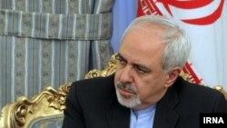 محمدجواد ظریف، وزیر امور خارجه ایران میگوید که سلاحهای شیمیایی بسیار خطرناکی به سوریه قاچاق شده است