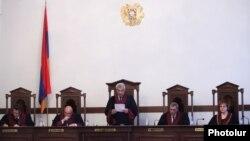 Հայաստանի Սահմանադրական դատարանի նիստում, արխիվ