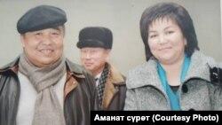 Болот Шер менен белгилүү журналист Аскер Сакыбаева.