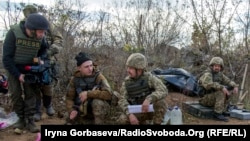 Донецк облысындағы украин әскерилері. Украина, 7 қараша 2016 жыл.